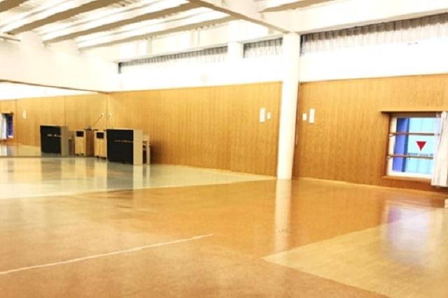 体育の授業は、ダンススタジオを使います!