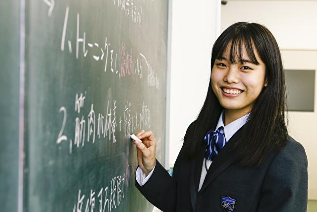 少人数のクラス制で笑顔の高校生活を送りましょう