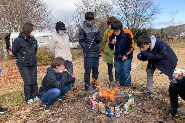 キャンプ体験など自然を感じるイベントがあります。
